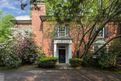 Grosse Pointe Farms Single Family Home For Sale: 348 Provencal Rd
