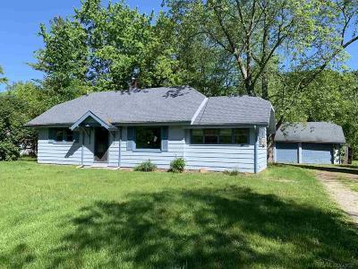 Saint Clair Single Family Home For Sale: 5892 Gratiot Ave