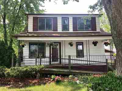 Saint Clair Shores Single Family Home For Sale: 22338 Rigeway