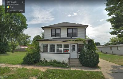 Mount Clemens Single Family Home For Sale: 208 N Walnut St