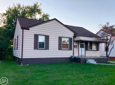 Roseville Single Family Home For Sale: 26201 Blumfield St.