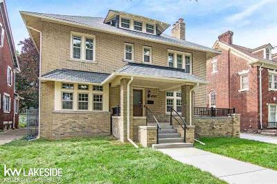 Detroit Single Family Home For Sale: 1476 Chicago Blvd