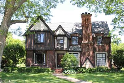 Grosse Pointe Park Single Family Home For Sale: 716 Berkshire Rd.