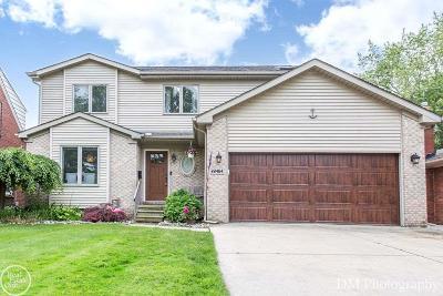Saint Clair Shores Single Family Home For Sale: 22464 Saint Clair Dr.