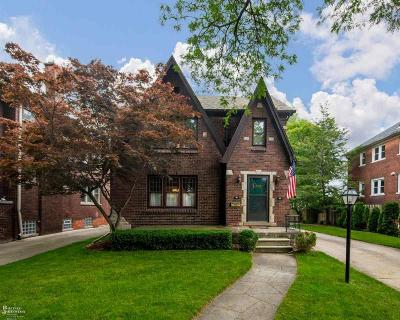 Grosse Pointe Park Multi Family Home Keep Showing-Contgcy Appl: 1012 Beaconsfield