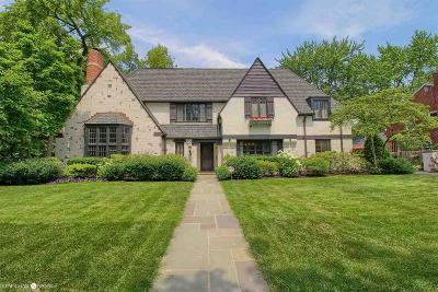Grosse Pointe Farms Single Family Home For Sale: 154 Cloverly