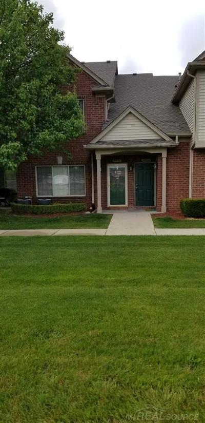 Utica Condo/Townhouse For Sale: 45524 Hidden View