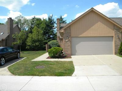 Fraser Condo/Townhouse For Sale: 16191 Pine Ridge