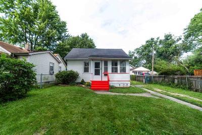 Hazel Park Single Family Home For Sale: 23107 Berdeno