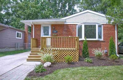 Clawson Single Family Home For Sale: 109 Bauman