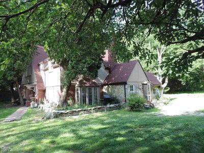 Algonac Single Family Home For Sale: 9999 Lee St