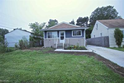 Macomb Single Family Home For Sale: 28509 Wexford Dr