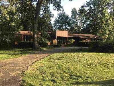 Farmington Hills Single Family Home For Sale: 31536 W Stonewood