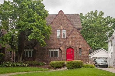 Grosse Pointe Park Single Family Home For Sale: 1311 Bishop