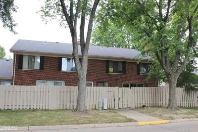 Clinton Township Condo/Townhouse For Sale: 42513 Eldon Cir.