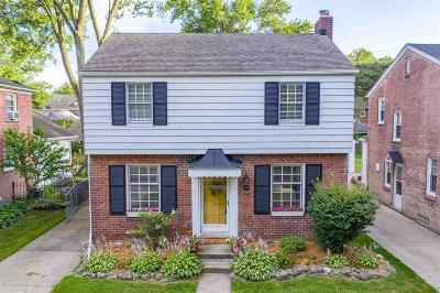 Grosse Pointe Farms Single Family Home For Sale: 269 Ridgemont