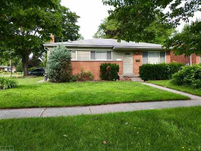 Madison Heights Single Family Home For Sale: 28407 Park Ct