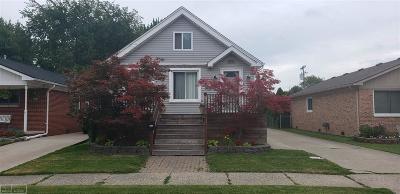 Saint Clair Shores Single Family Home For Sale: 27726 Joan