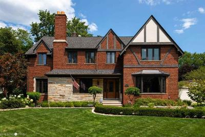 Grosse Pointe Park Single Family Home For Sale: 652 Middlesex