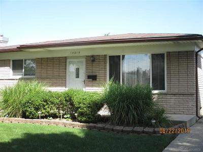Warren Single Family Home For Sale: 14215 Murthum