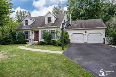 Lambertville Single Family Home For Sale: 3335 Woodmont