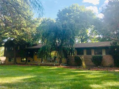 Oakland Twp Single Family Home For Sale: 3370 Ordam Court