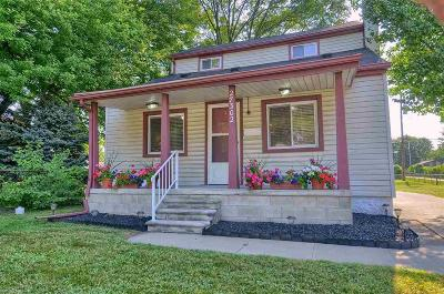 Madison Heights Single Family Home For Sale: 27302 Park Ct