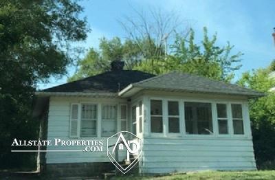 Flint Single Family Home For Sale: 2213 Raskob