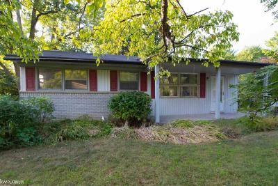 Royal Oak Single Family Home For Sale: 1216 Woodsboro