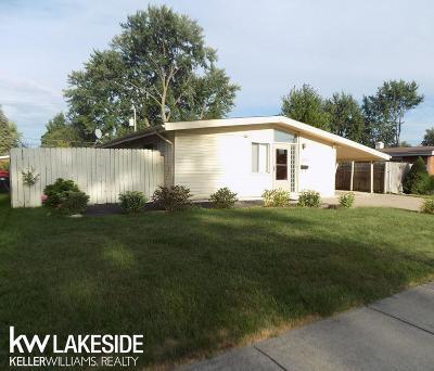 Oakland Single Family Home For Sale: 29530 Everett St