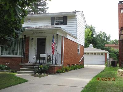 Royal Oak Single Family Home For Sale: 1426 E Windemere