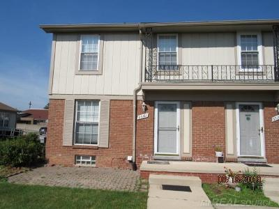 Sterling Heights Condo/Townhouse For Sale: 35161 Terrybrook