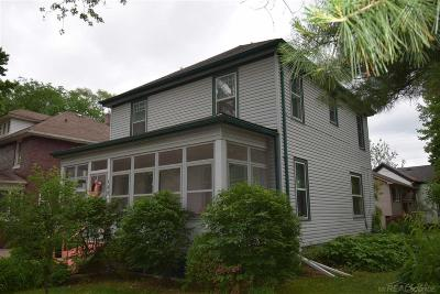 Mount Clemens Single Family Home For Sale: 135 Lincoln