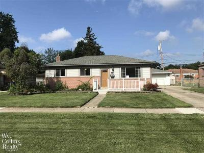 Warren Single Family Home For Sale: 31641 Hayes