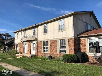 Sterling Heights Condo/Townhouse For Sale: 35309 Tall Oaks Drive
