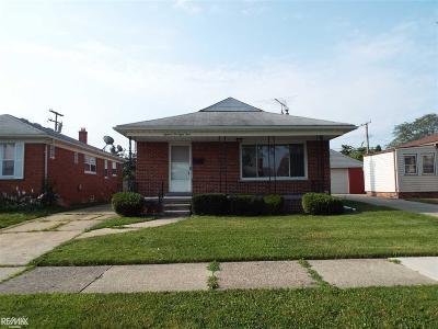 Eastpointe Single Family Home For Sale: 18284 Oak Street.