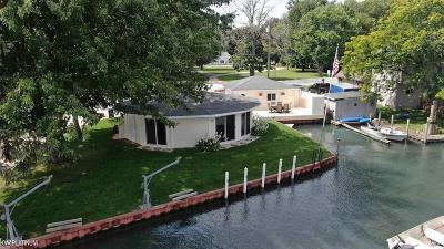 Clay Twp MI Single Family Home For Sale: $237,999