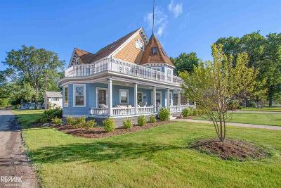 Harsens Island Single Family Home For Sale: 3040 South Channel