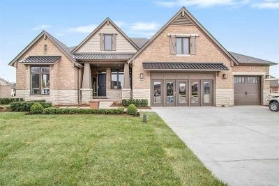 Shelby Twp MI Single Family Home For Sale: $586,500