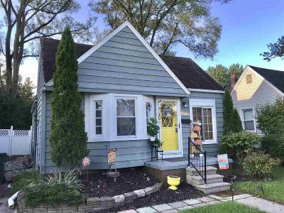 Oakland County Single Family Home For Sale: 1079 Harvard