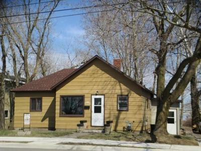 Single Family Home For Sale: 2622 13th Street