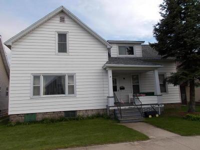 Marinette Multi Family Home For Sale: 1517 Logan Avenue