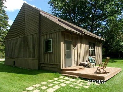 Single Family Home For Sale: N5149 State Highway 180