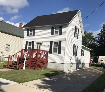 Menominee Single Family Home For Sale: 2008 15th Avenue