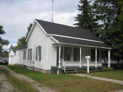 Peshtigo Single Family Home For Sale: 508 French Street