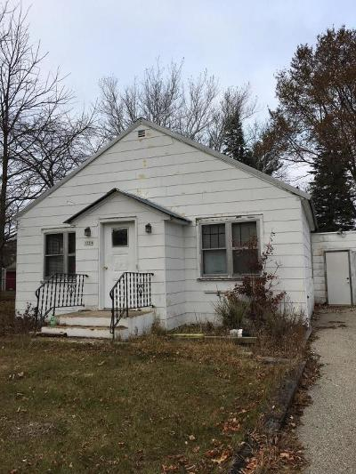 Single Family Home For Sale: 1704 22nd Avenue
