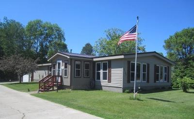 Menominee Single Family Home For Sale: 3105 22nd Street