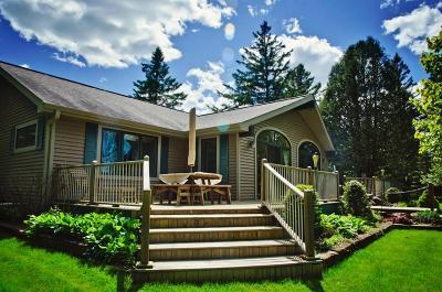Marinette County Single Family Home For Sale: W12641 Warren Road