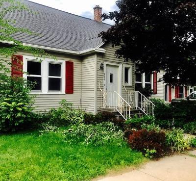 Marinette Single Family Home For Sale: 329 Park Street