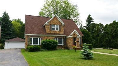 Marinette Multi Family Home For Sale: 1500 Marinette Avenue